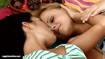Sensual  lesbian sex by Jackie and Jo from Sapphic Erotica - Garden Fisting